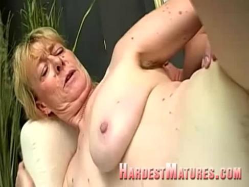 hirsute granny cooter nailed